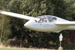 ASK 21 při přistání