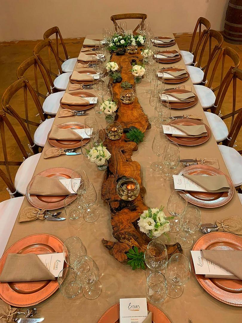ארוחת ערב חגיגית לתורמים יקב טוליפ.jpg