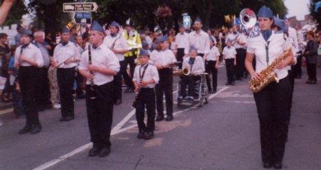 eastleigh carnival 2000.jpg