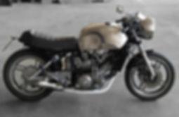 yamaha cafe racer, moto su misura