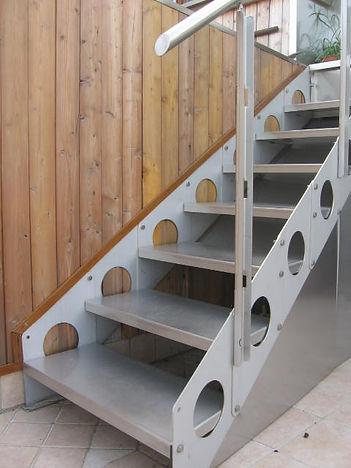 scale esterno.jpg