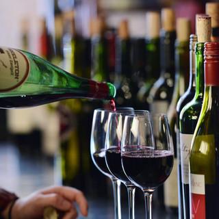 wine flight at vintage