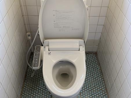 トイレ水漏れ、交換 水戸市