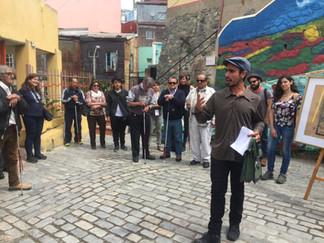 Placemaking Latinoamérica: Personas con discapacidad visual visitan murales históricos de Valparaíso