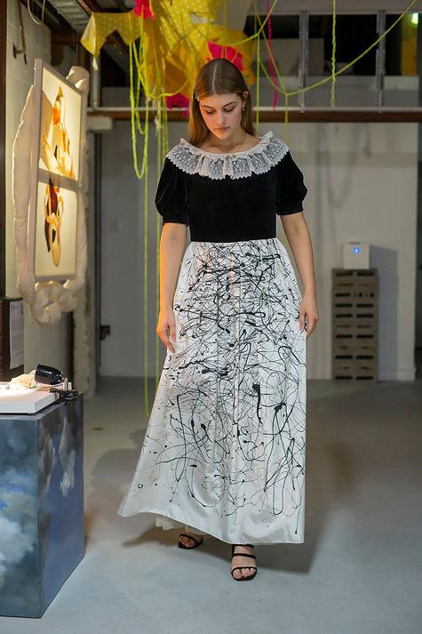 Vintage black & white dress_Elizabeth me