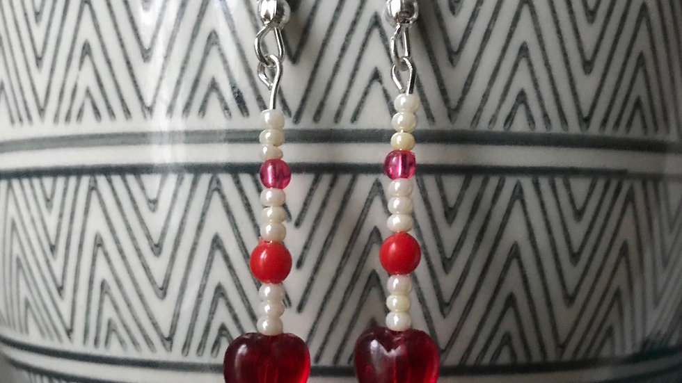 Silver plated earrings with hearts and faux pearl beads