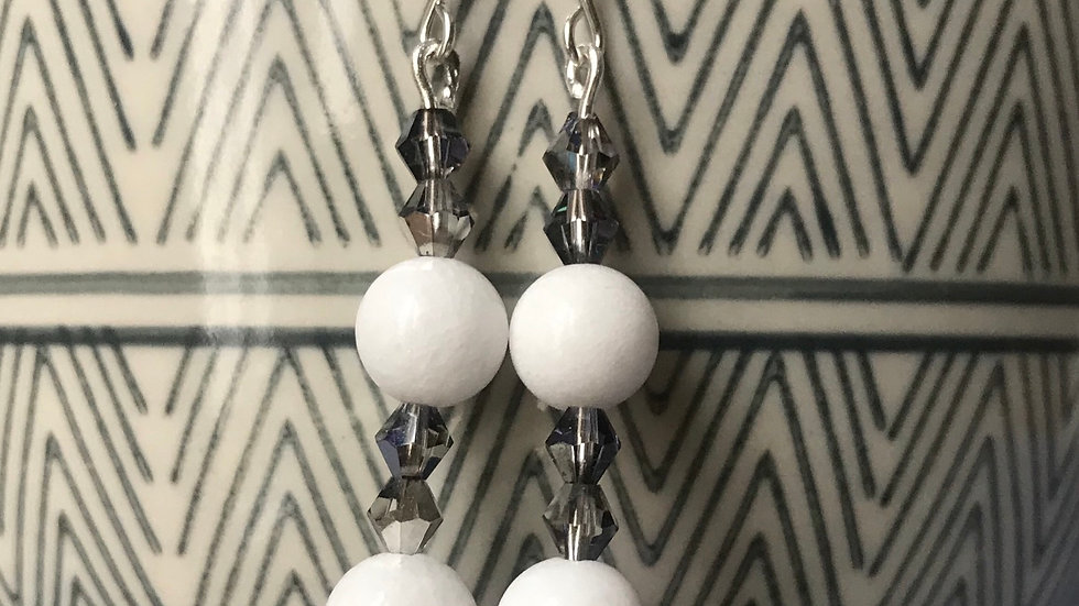 Silver plated earrings with semi-precious stone beads - white 1