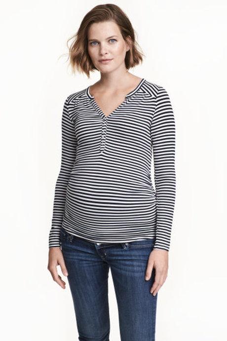 MAMA V-neck top - Dark blue/Striped
