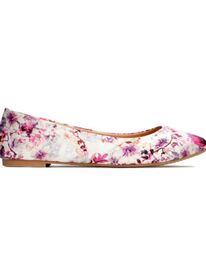 H&M light beige floral ballet pumps