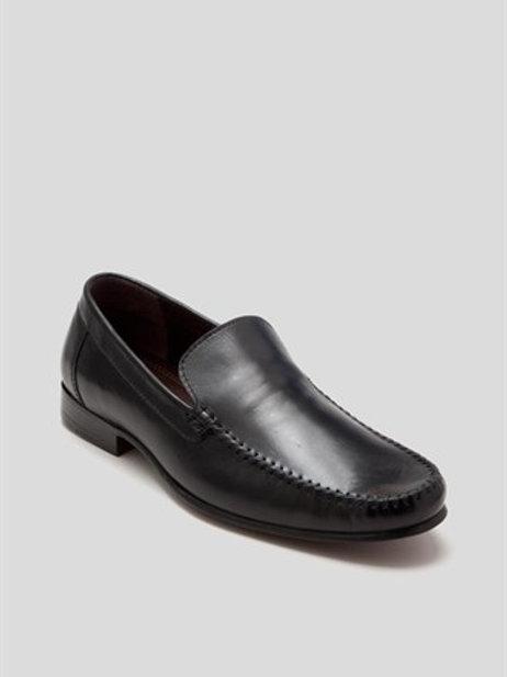 Leather Slip On Loafer - Black