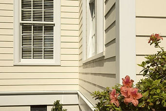 HardieTrim® Boards offer design flexibility for columns friezes, doors, windows, and other accent areas by providing aesthetically-pleasing transitions while also protecting these transition areas from vulnerability to exterior elements.
