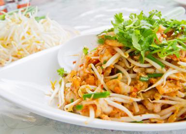 Sticky Pad Thai