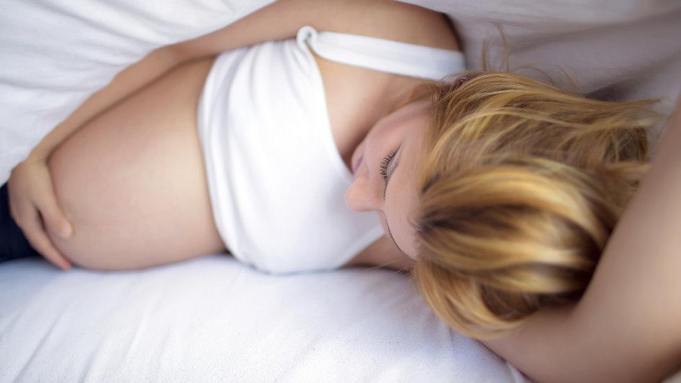 """Soin """"Bulle de maternité""""- massage pré-natal femme enceinte 2nd et 3ème trimestr"""
