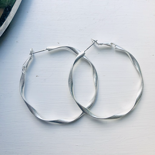 Large Everyday hoops