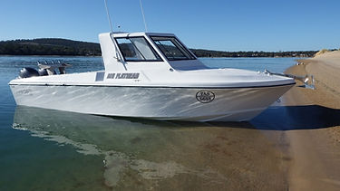 Fishing Adventure tour in Tasmania, Hobart. Img of Mr Flathead fishing boat.