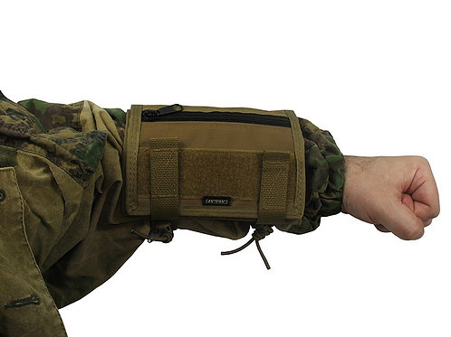 tactic map arm hand coyote brown