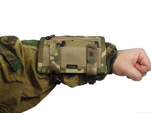 tactic map arm hand multicam