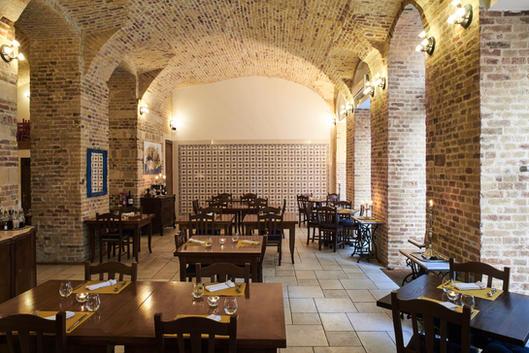 Brick vaults