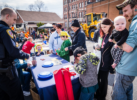Families Learn & Play Together at United Way Event