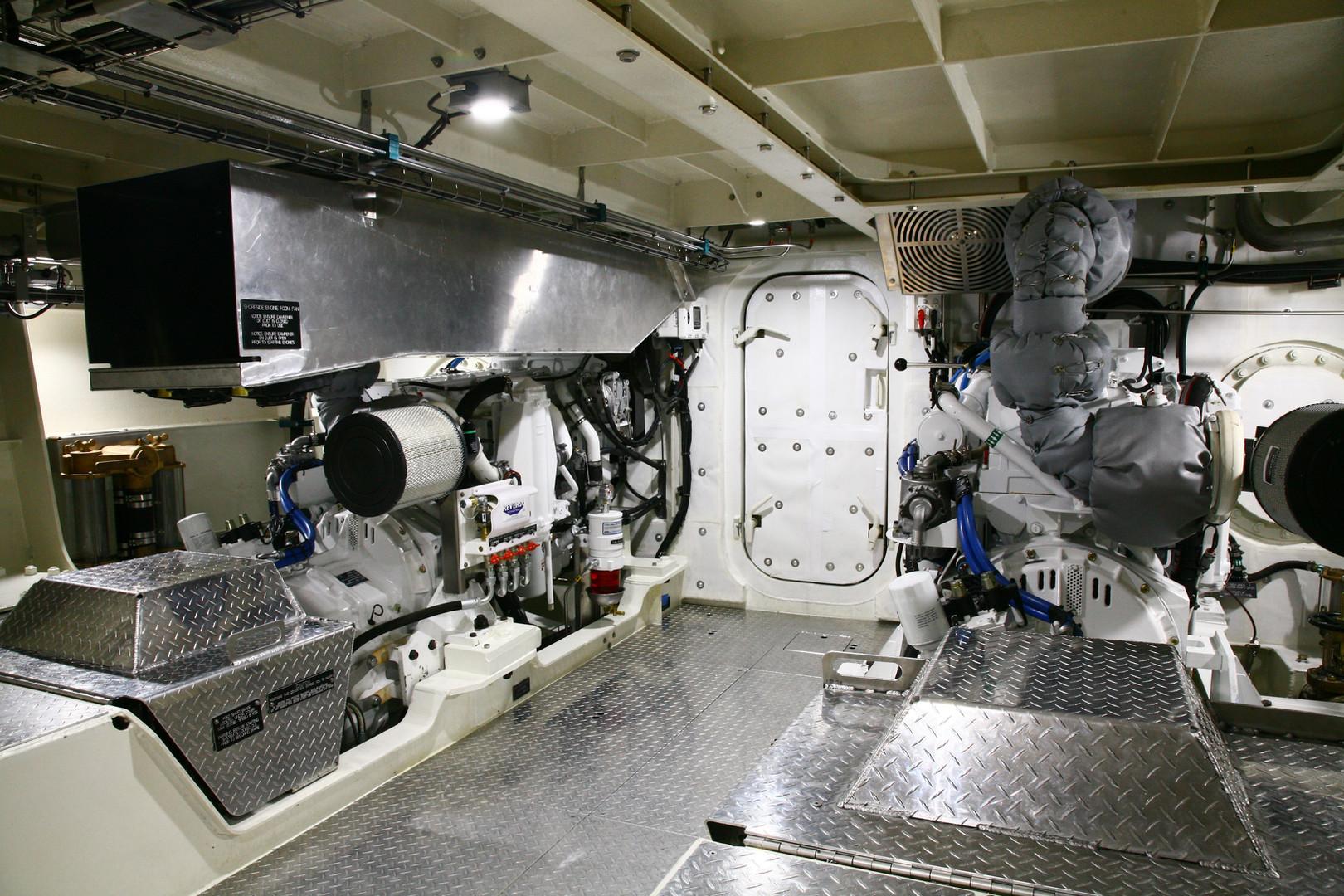 Workboat LG engine room