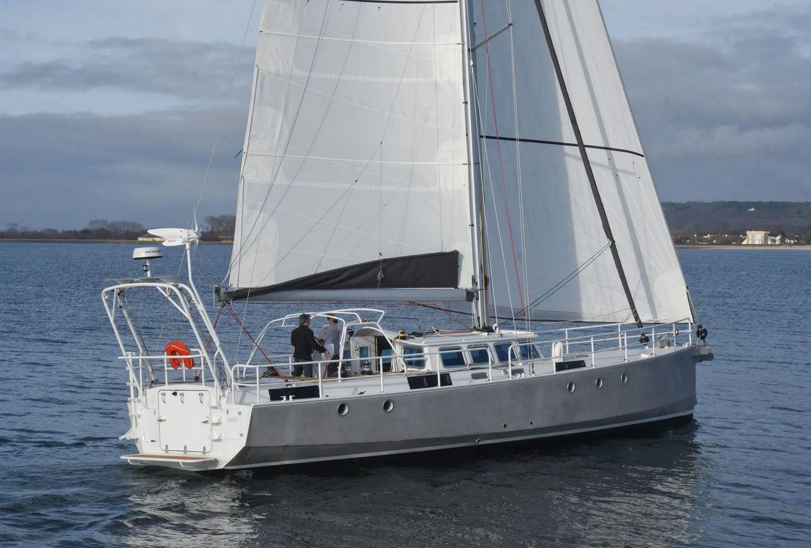 JPB-50-META-BIQUILLE-ALUMINIUM-50-voilier de grand voyage à vendre