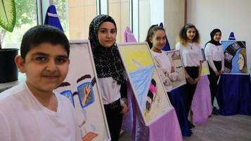 Mülteci çocuklar yıl sonu etkinliğinde yeteneklerini sergiledi