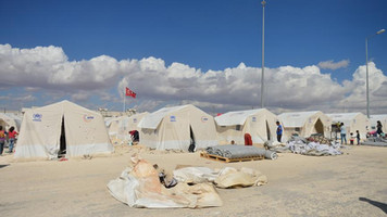 Syrian refugees in Turkey prepare for winter