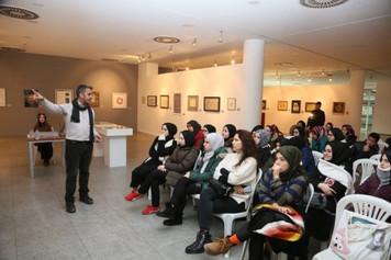 Küçükçekmece Belediyesi mülteci öğrencilere uyum sürecinde 'sanat' desteği veriyor