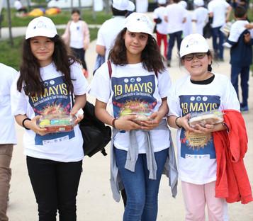 Türk ve mülteci gençler festivalde buluştu