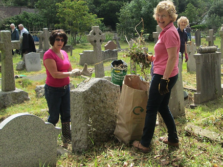 Churchyard Working Party