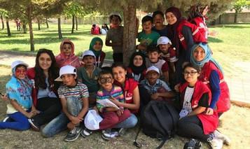 Mülteci minikler piknikte buluştu