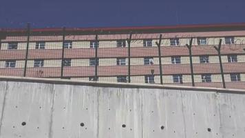 İzmir'deki geri gönderme merkezinde bebeklere bile 'Yabancı Terörist Savaşçı' kodu veril