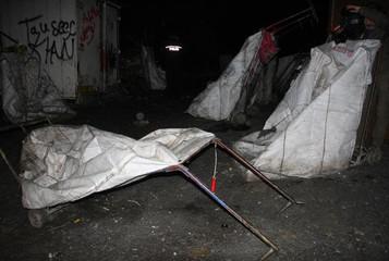 İstanbul'da atık kağıt işçisi üç mülteci yanarak can verdi