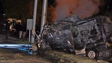14 yolcu kapasiteli minibüs kaza yaptı 17 mülteci öldü, 38 mülteci yaralı