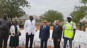 Turkish aid agency distributes food in South Sudan