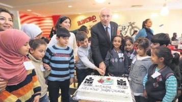Ankara Yenimahalle'de mülteci çocuklar için yılbaşı kutlaması