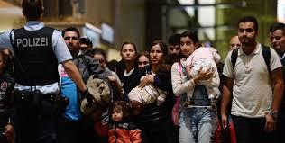 Avrupa Birliği'nin yaklaşan mülteci akınına bulduğu çözüm: Etten duvar örmek!