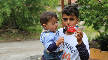 Two flagship humanitarian aid programmes supporting refugees in Turkey will receive €700 million