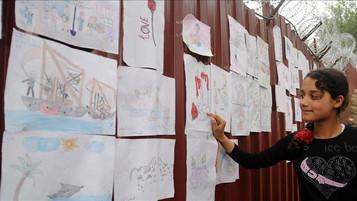 Turkey: 136,000 refugee children get financial aid