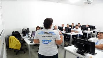 Mültecilere kod eğitimi için hazırlıklar tamamlanıyor