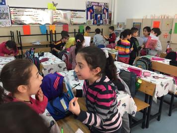 """3500 Türk ve Suriyeli çocuk """"YanYana"""""""