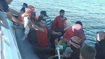 İzmir ve Aydın'da Yunan adalarına geçmeye çalışan 96 mülteci yakalandı