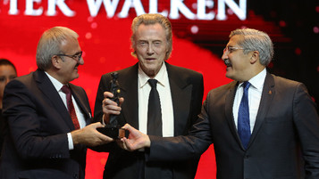 Antalya Festival Opens with Walken, Syrian Refugee Crisis-themed 'Never Leave Me'
