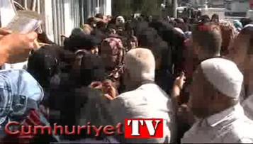 Kayseri'de Suriyeli mültecilere yardım sırasında izdiham yaşandı