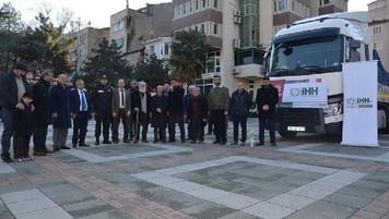 Bursa'dan Suriye'deki mülteci kamplarına  33 TIR yardım malzemesi yola çıktı