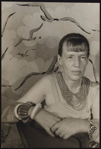 Muriel Draper Portrait byCarl Van Vechten: ©The Carl Van Vechten Trust) Reproduced by kind permission of the Trust 