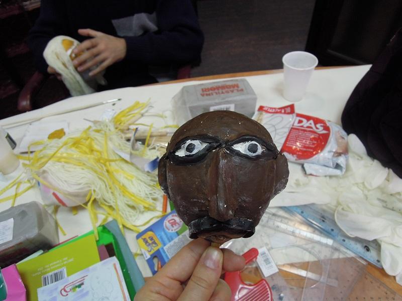 Making puppets: 10