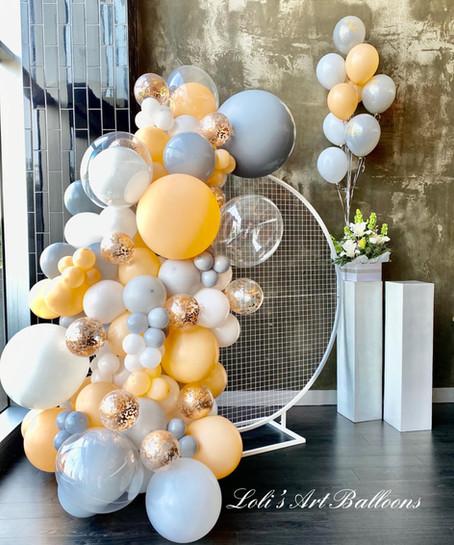 Unisex birthday balloon garland