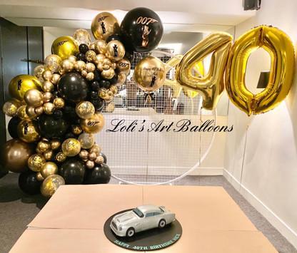 007 James Bond Balloon Garland