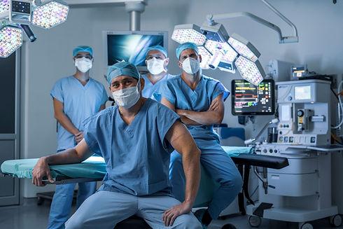 Nuestros-Médicos-2_Grupo-Oncológico-Ho